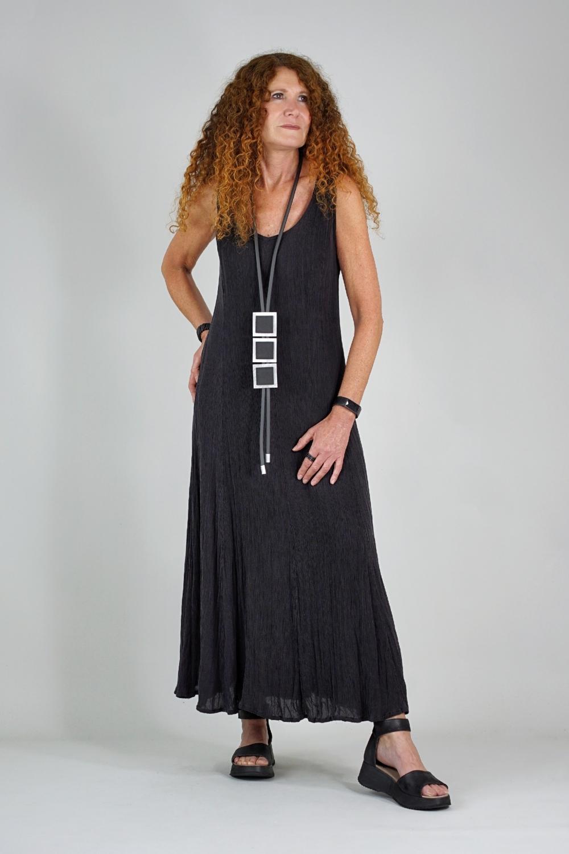 Lysa Kleid aus plissierter...