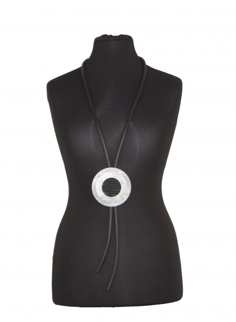 Halskette 1